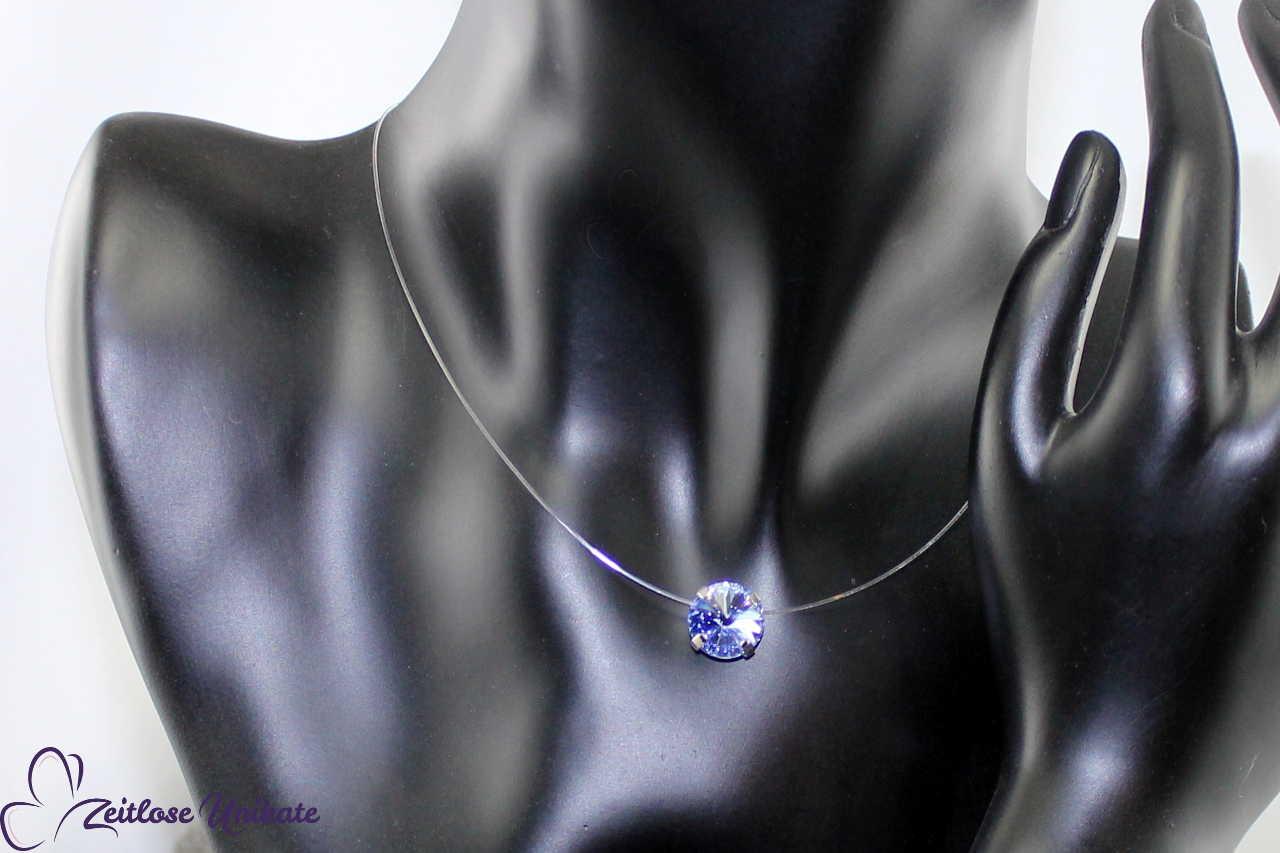 schwebender Stein light sapphire - mittelblau