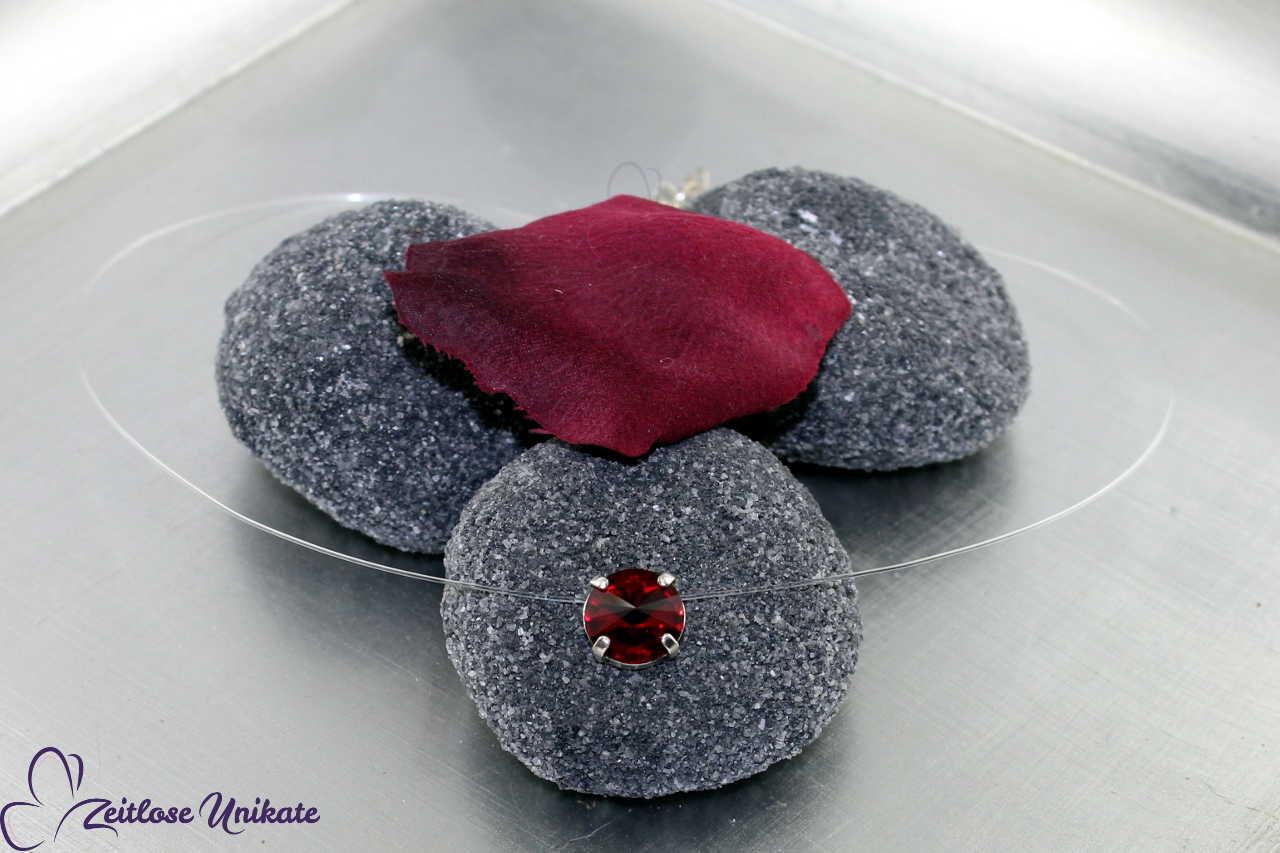 schwebender Stein siam - rot