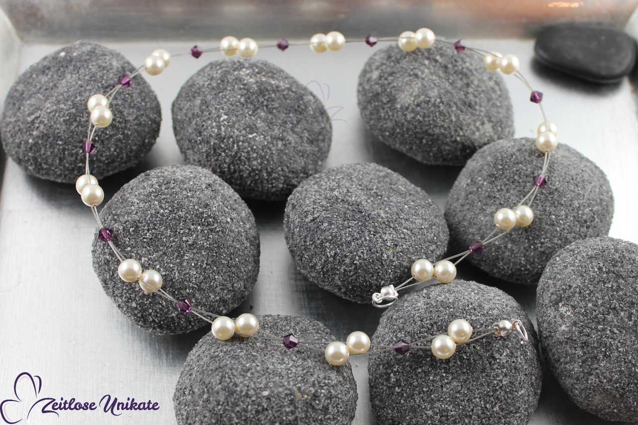 Haarschmuck für die Braut mit lila