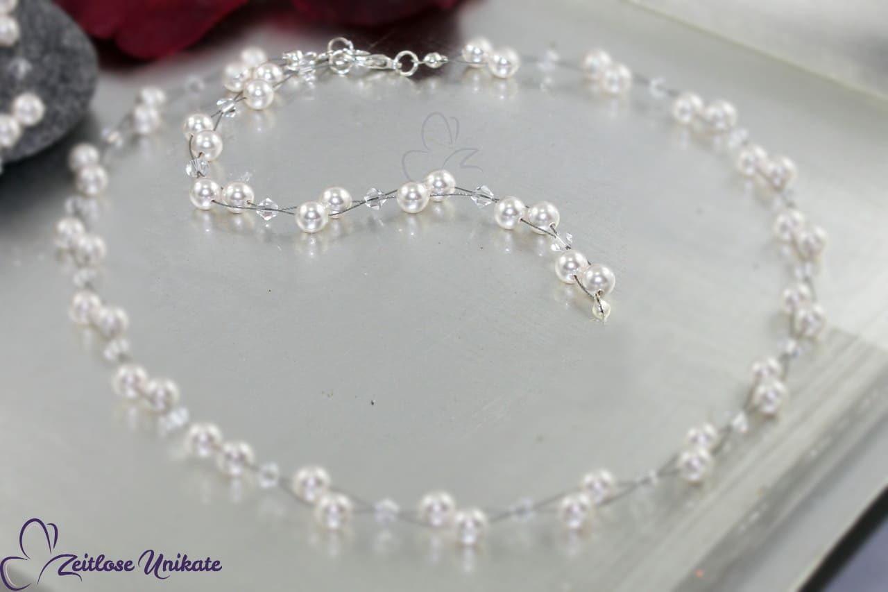 Rückenkette an luftige Brautperlenkette, schlicht