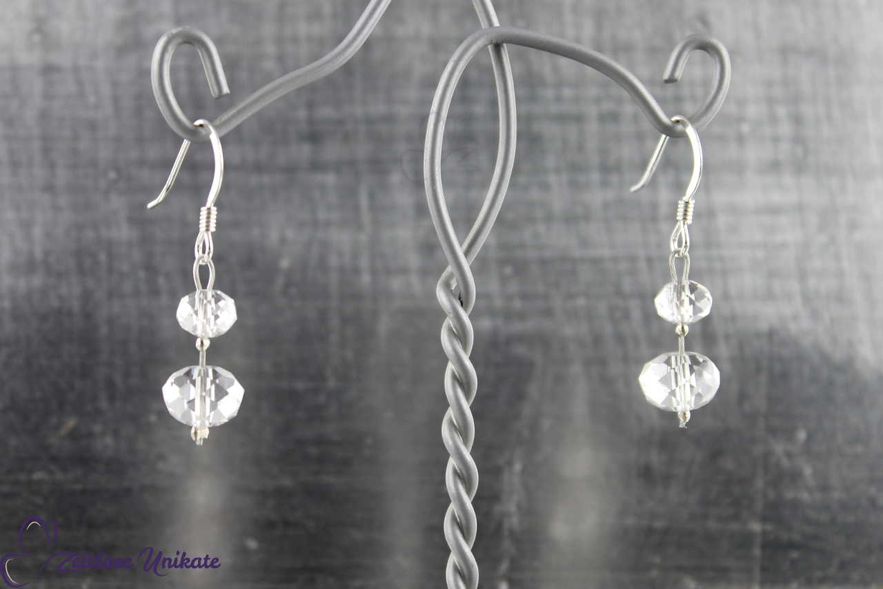 zauberhafte transparente Ohrringe ohne 3 mm Perle