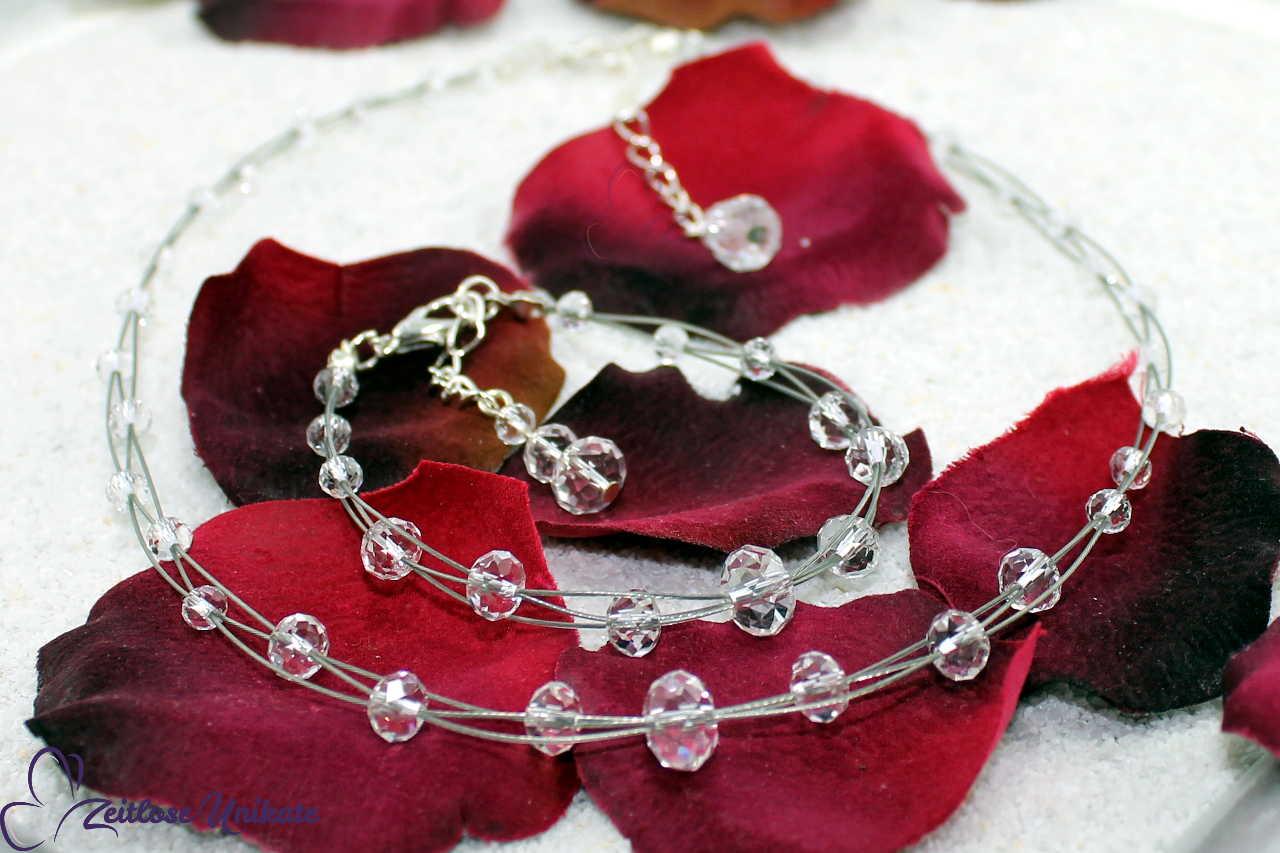 Schmuckset aus kristallklaren Perlen, transparenter Brautschmuck