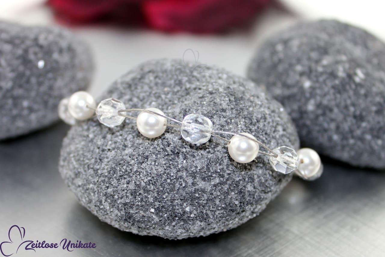 Armband aus Perlen für die Braut, schlicht