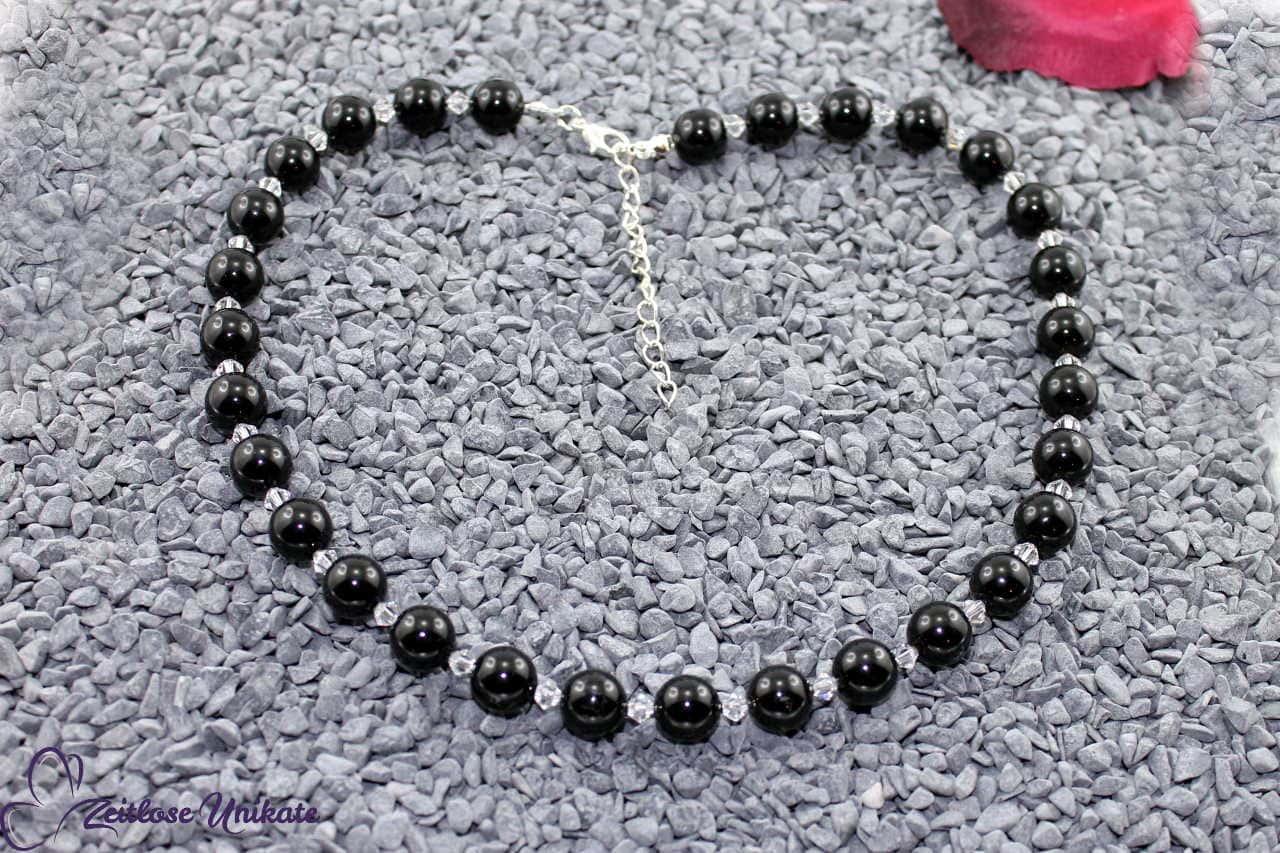 elegante schwarze Kette, auch in anderen Farben möglich
