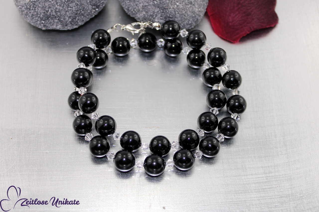 opulente schwarze Perlenkette, weiß, creme ... andere Farbe?!