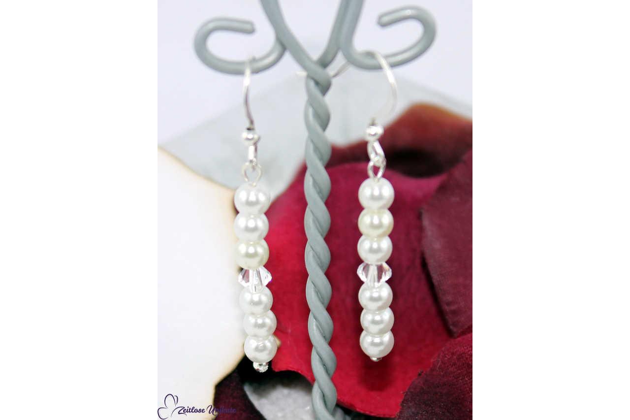 lange filigrane Perlenohrhänger zur zierlichen Kette