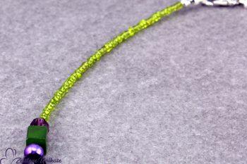Halskette lila grün kleines Unikat