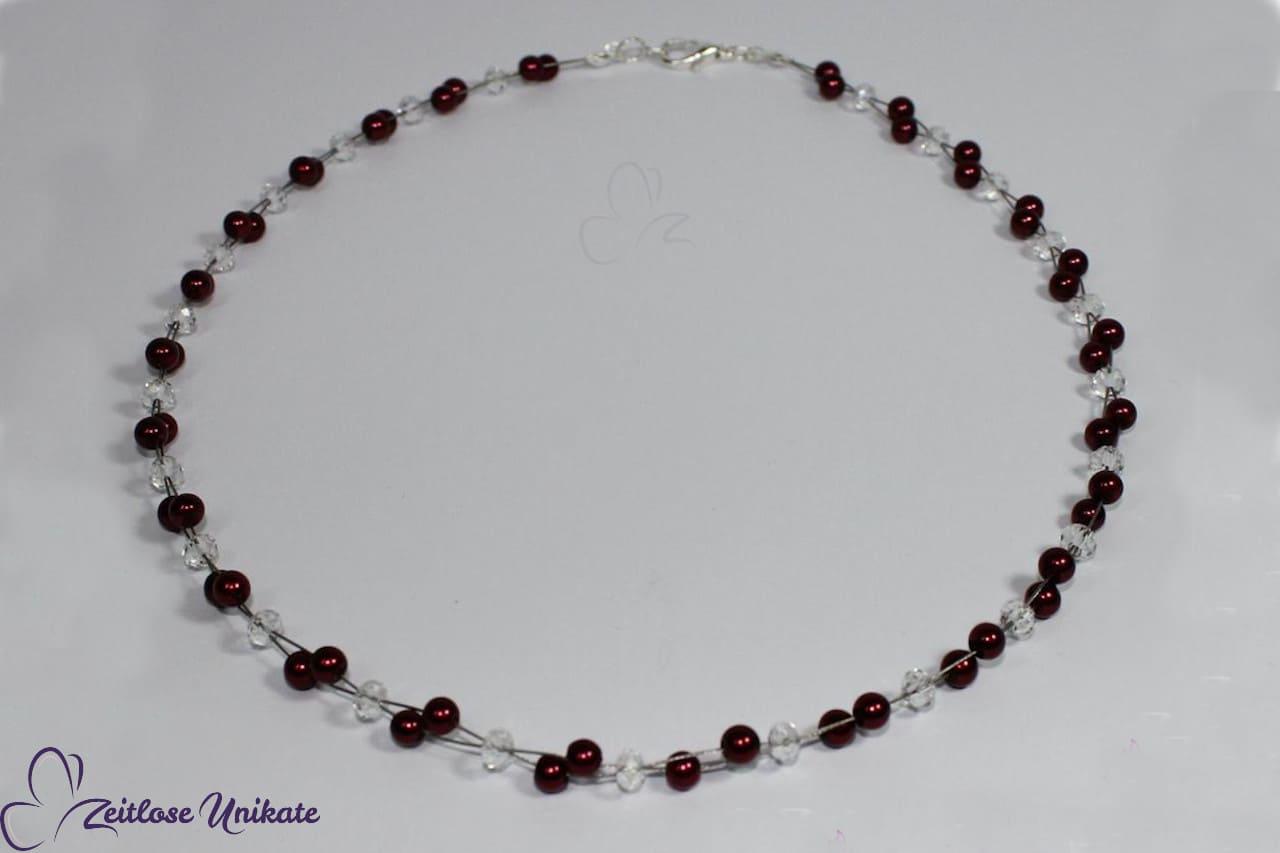 Wunderschöne Brautkette mit bordeauxfarbenen Perlen