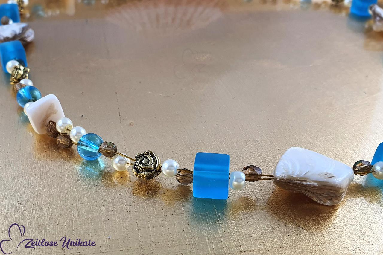 Kette weiß, beige, braun, blau (aqua) und gold