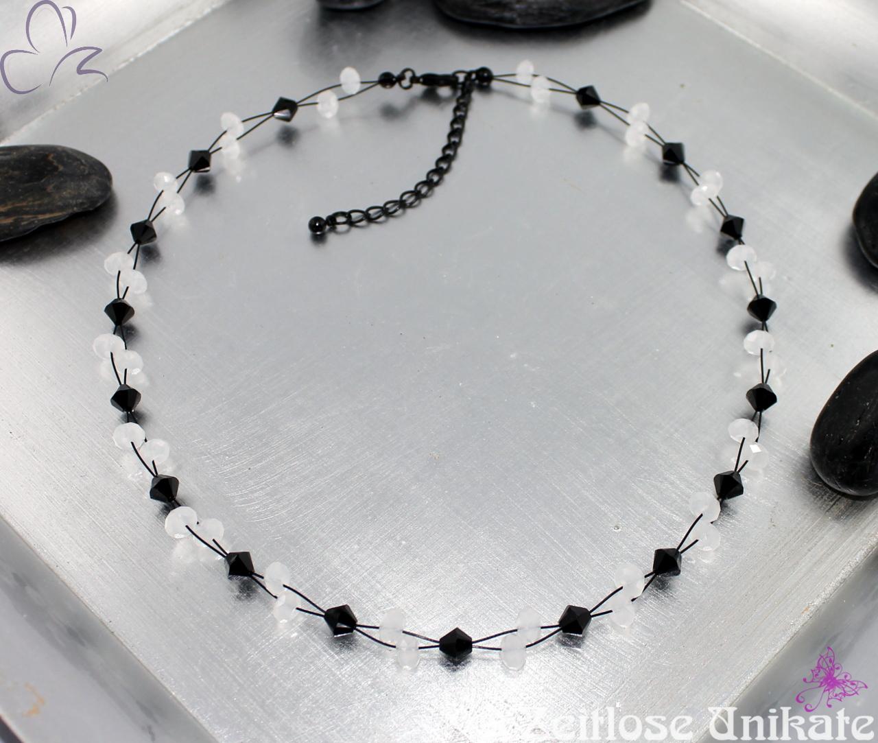 schwarzweiße Halskette EINMALIG