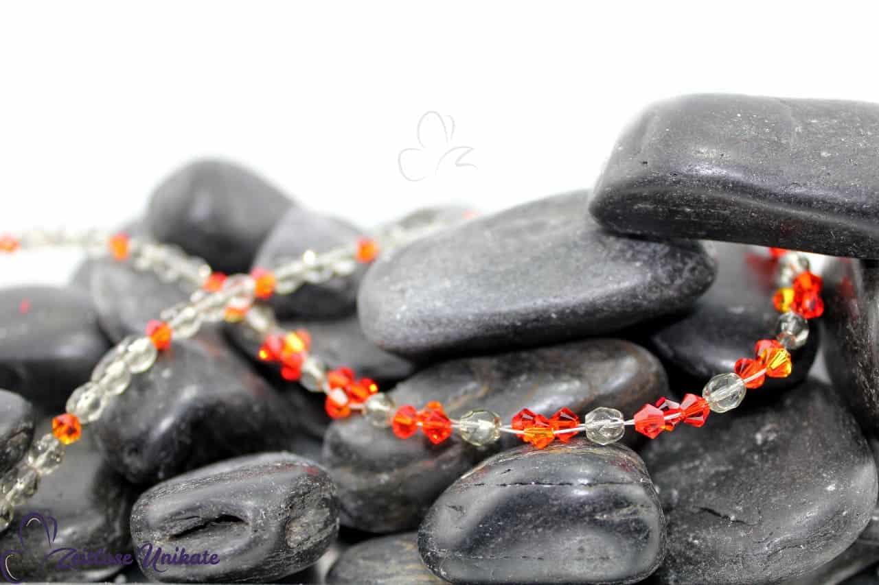 poppig elegante Kette grau orange rot zeitloses Unikat