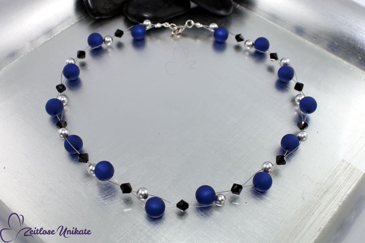 Interessante Polaris Halskette in dunkelblau schwarz