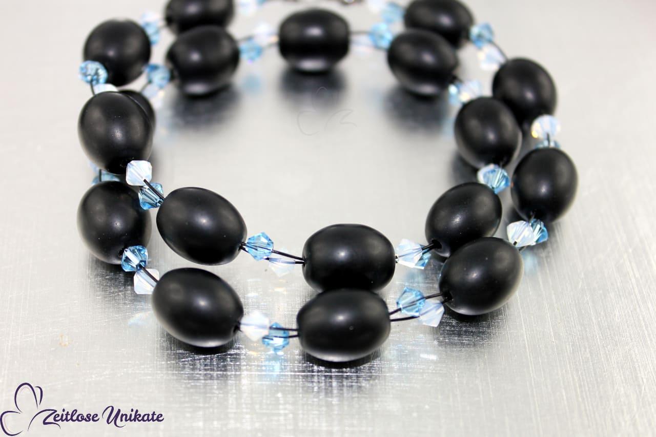 schwarz, weiß und hell blau, Halskette elegant