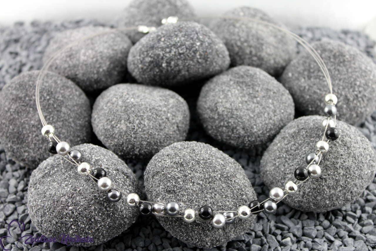 moderne elegante Halskette grau Töne, silber und schwarz