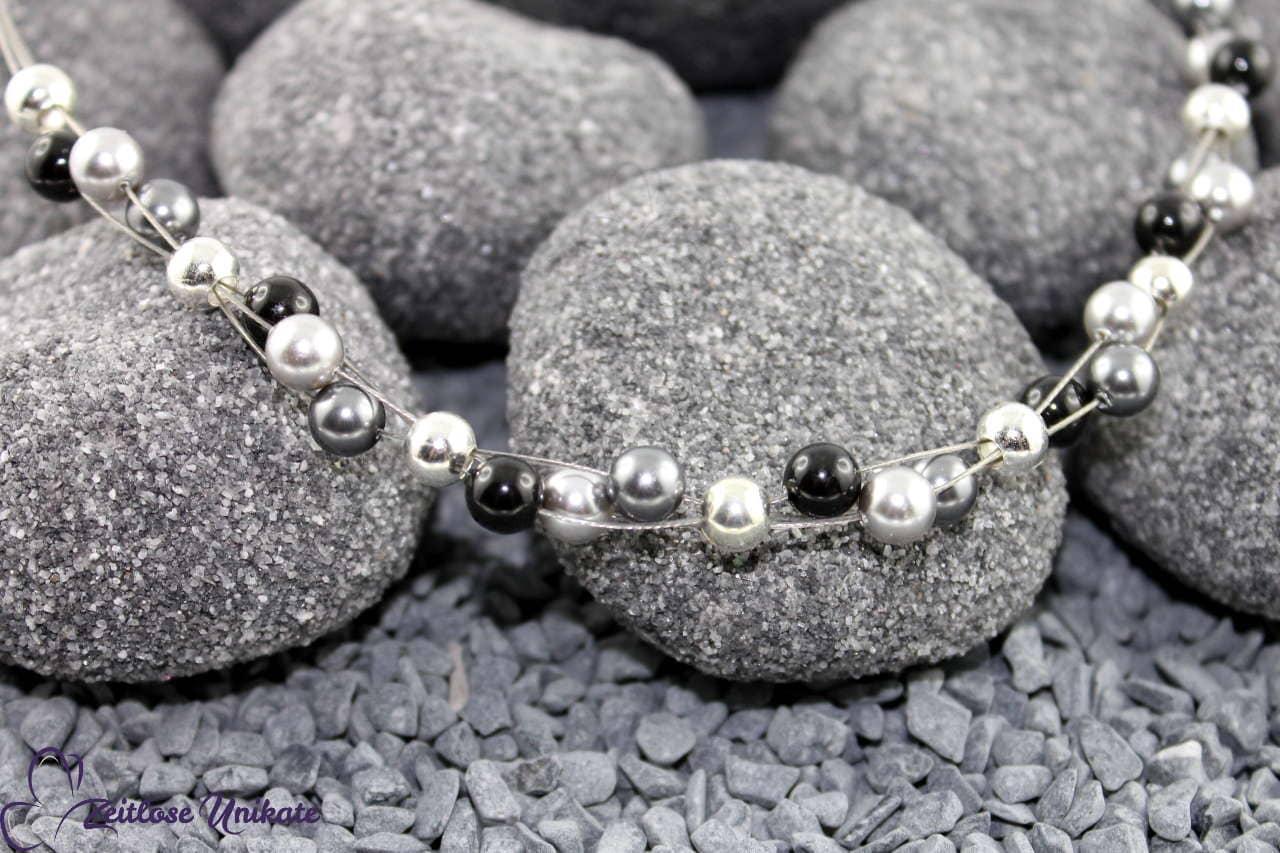 grau schwarz silber Halskette zeitlos