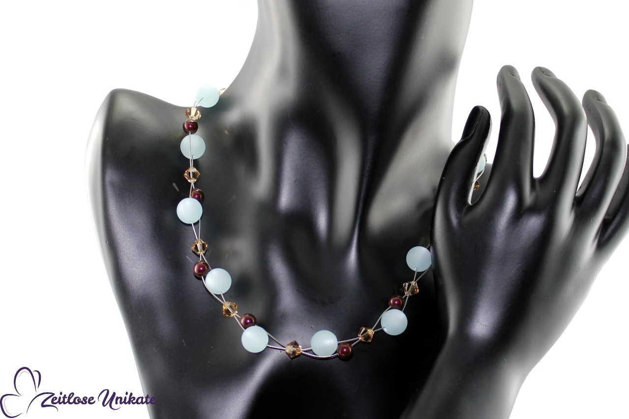 Halskette große Perlen hellblau
