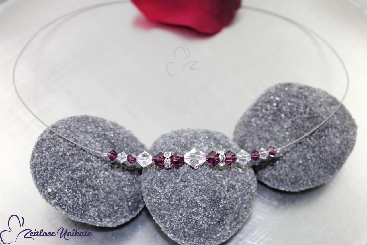 Kette aus Swarovski Kristalle amethyst und kristallklar sowie Straß