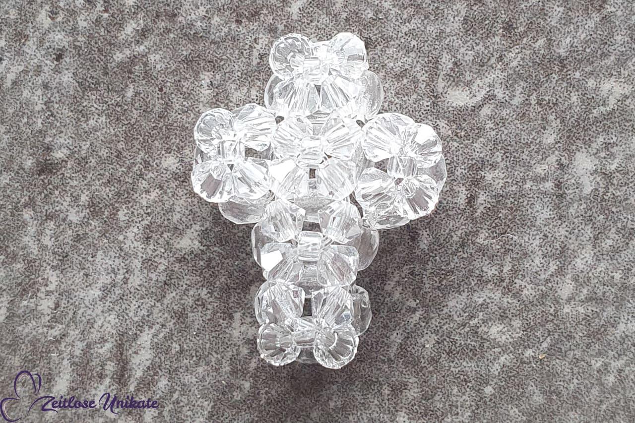 handgefertigtes, kleines Swarovski Kreuz, kristallklar