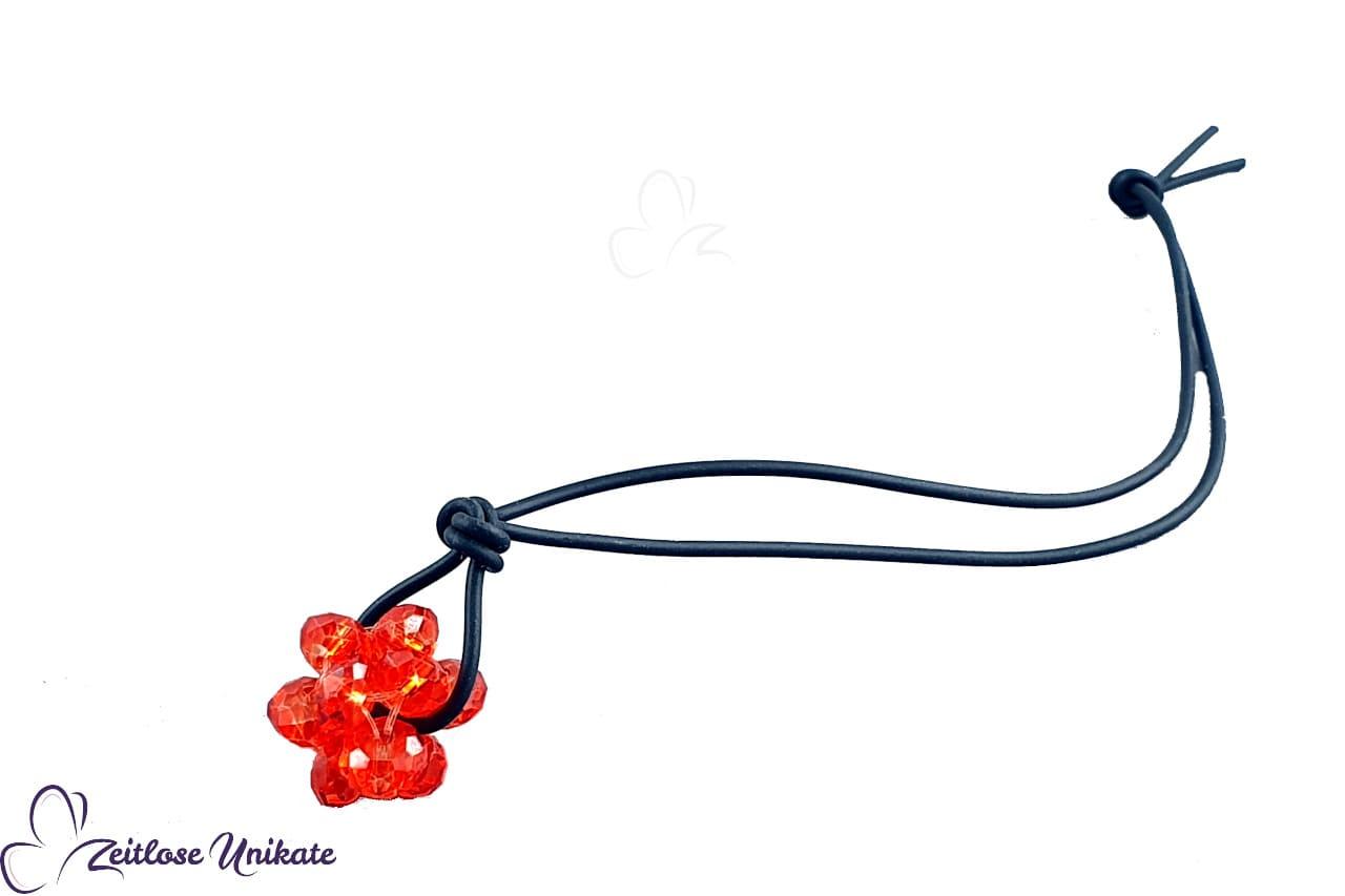 glitzernder hyazinthfarbener Taschenbaumler, schwarz