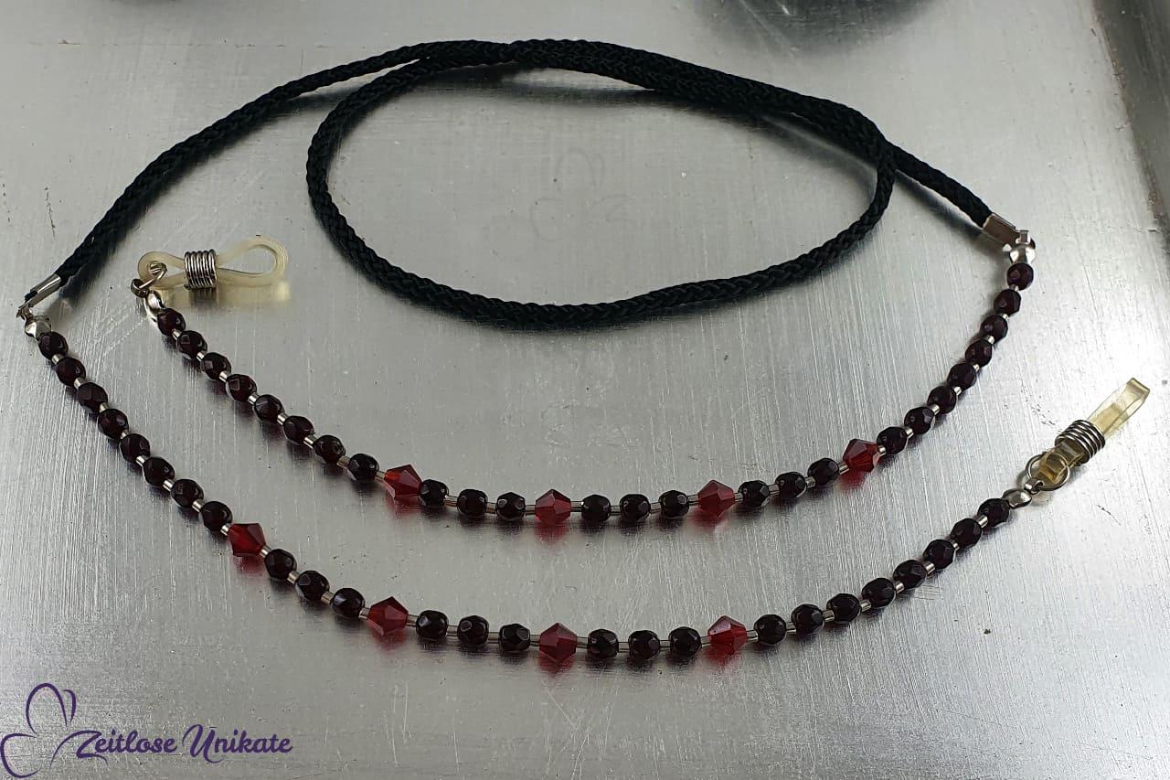 Gothic Fan Brillenkette schwarz blutrot, Brillenband rot schwarz