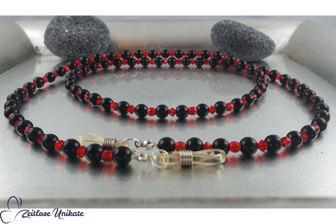 elegante Brillenkette glitzernde blutrote Perlen, schwarz schön
