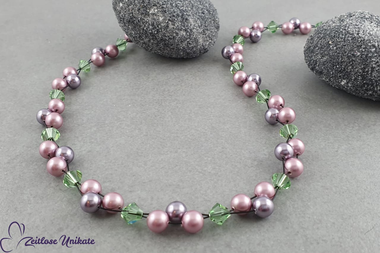 Perlenkette violett, rosa, schwarz und grün