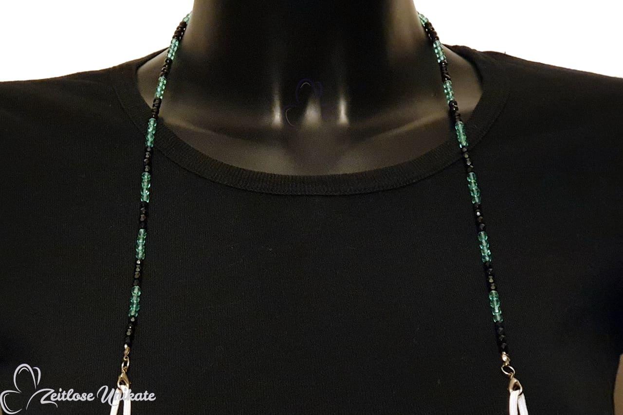 Mundschutzkette oder Brillenkette schwarz blau aus Perlen