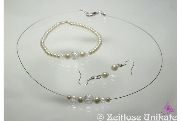 schlichte Perlenkette zum Bolero