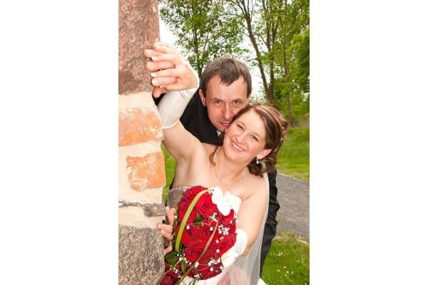Brautfoto Jeannette mit dezentem Brautschmuck